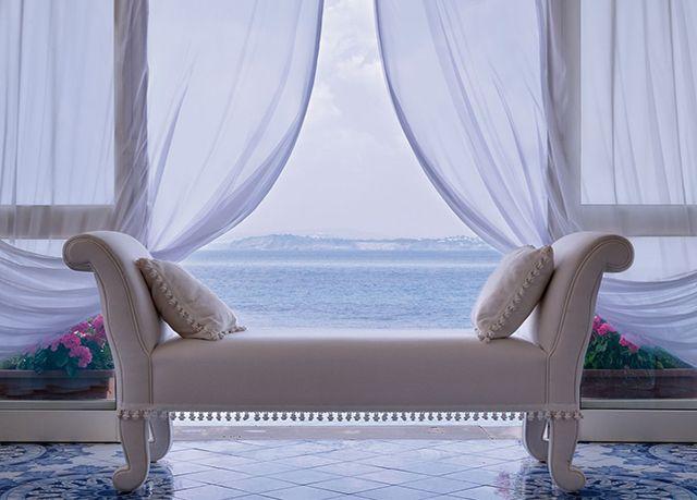 Hotel Miramare e Castello, parti per Ischia con uno sconto fino al 37%