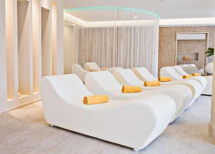 Vacanza romantica sul Lago di Garda in Hotel 4* con sconto fino al 38%