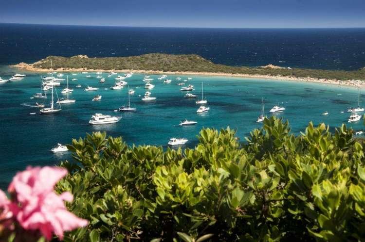 Bungalow Club Village di San Teodoro: prenota prima la tua vacanza in Sardegna
