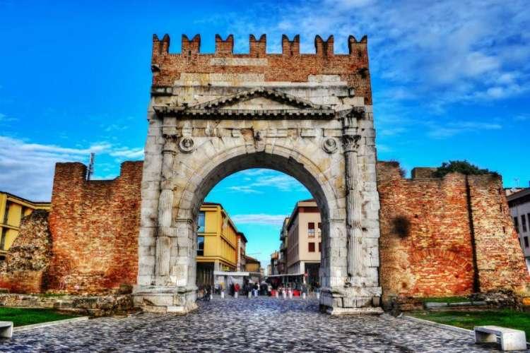 Offerte Pasqua Riviera Romagnola 2019: sotto il sole di Riccione non solo in estate!