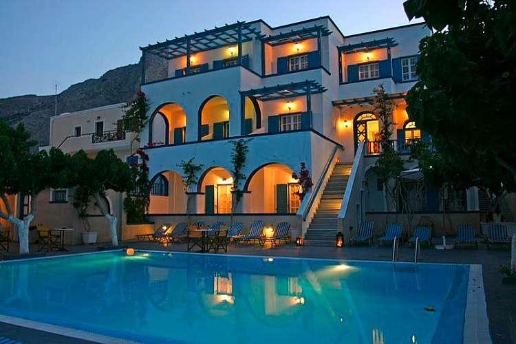 Santorini - La tua vacanza in prezzo promo a partire da 669 euro