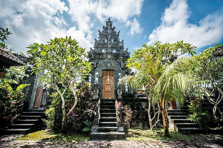 Tour in Indonesia in estate: 12 notti + voli A/R ad agosto 2019!