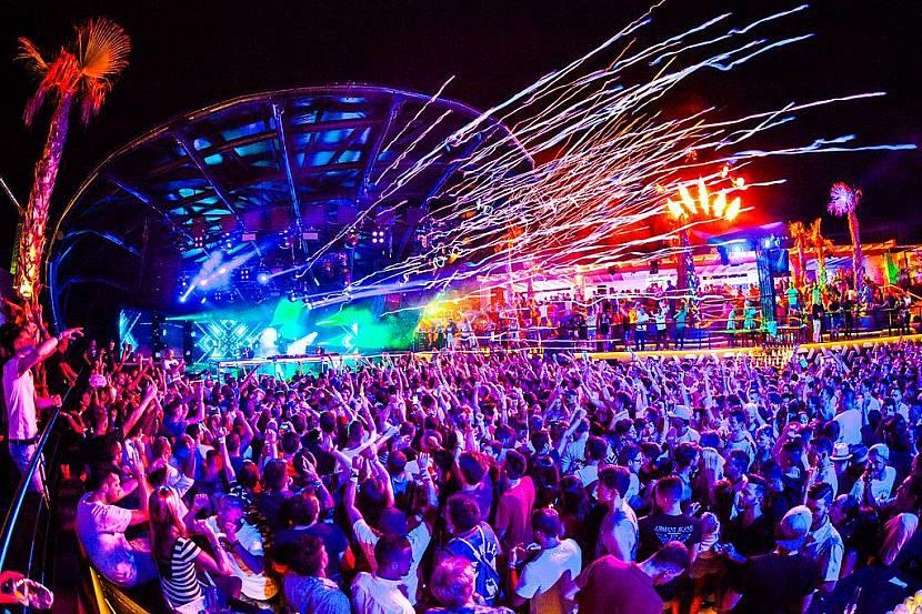 NOVALJA (Croazia) la nuova Ibiza: bus+7 notti in appart. da 199 €  p.p
