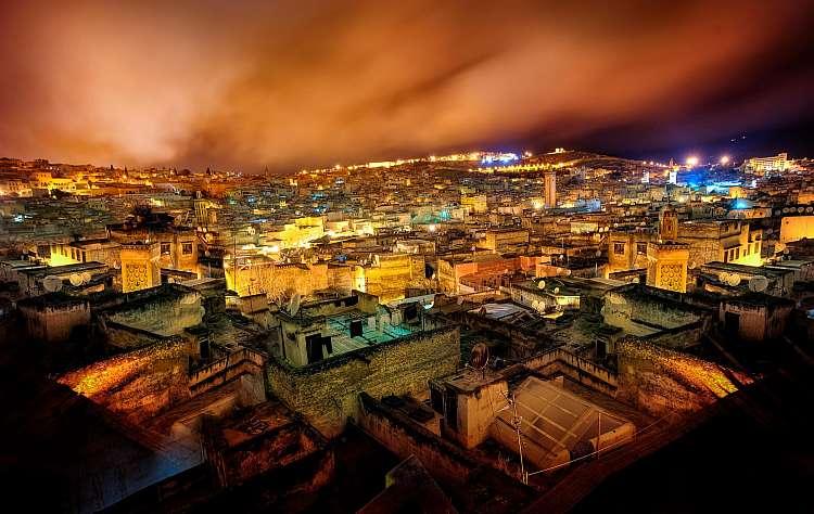 Medina di Fez di Notte