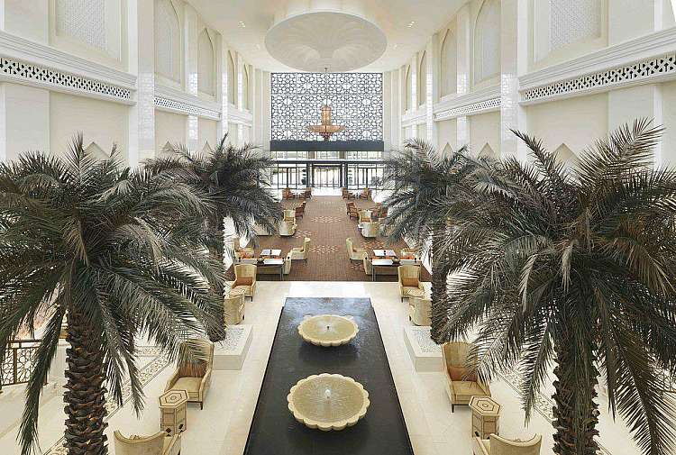 Bab Al Qasr di Abu Dhabi: 5 notti + voli e trasferimenti da soli 900€