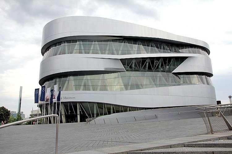 Stoccarda - Museo Mercedes Benza