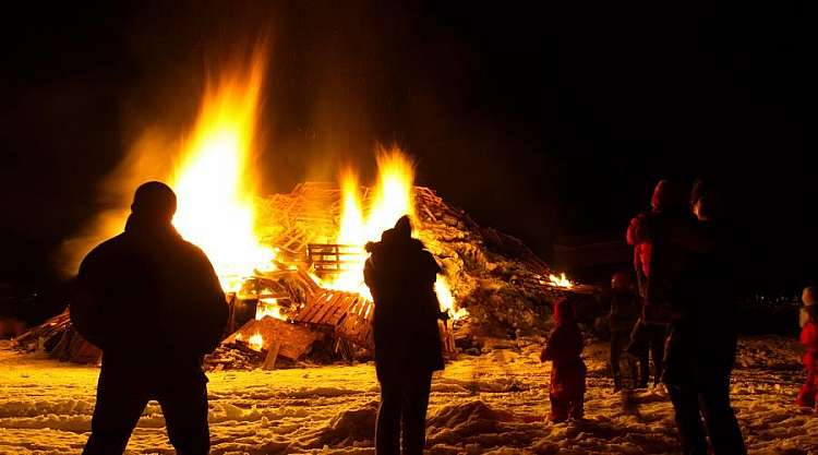 Capodanno a Reykjavik - Bonfire