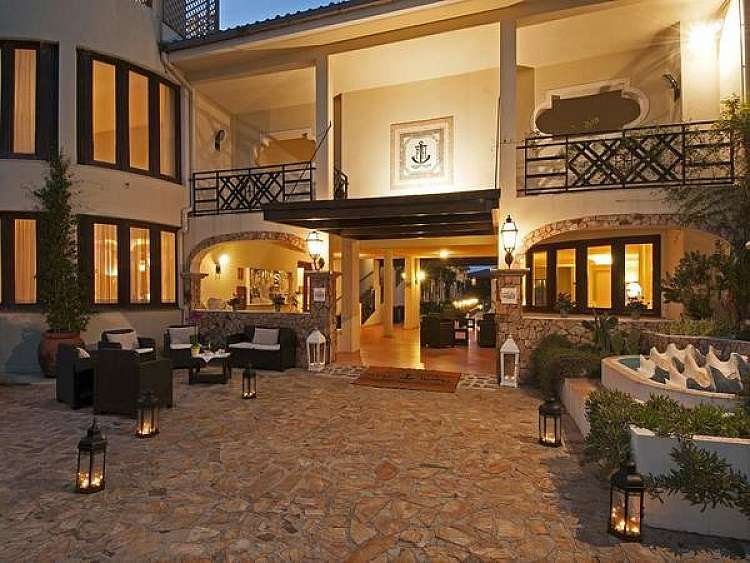 Estate Magica 2020 in Sardegna:  Hotel Palau **** a partire da 375 €