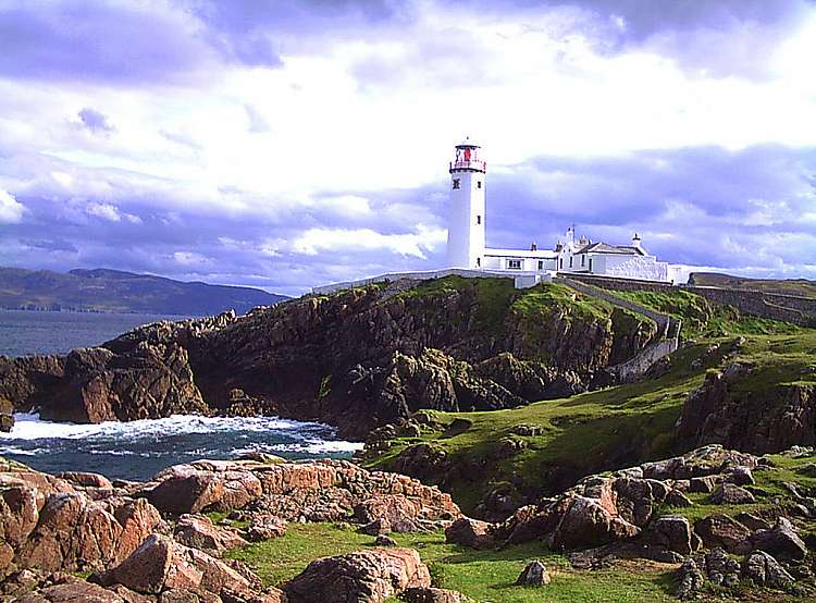 Tour dell'Irlanda del Nord e Donegal con auto a noleggio (fly & drive)