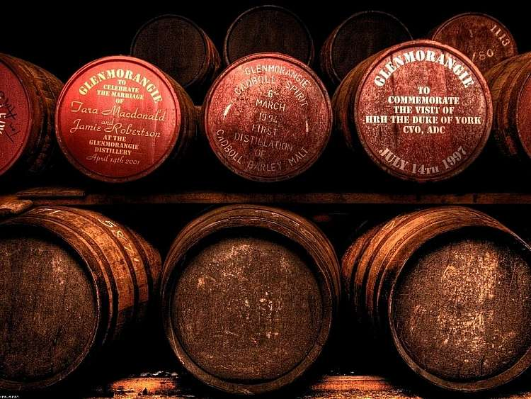 Tour della via del whisky scozzese in auto (fly & drive)