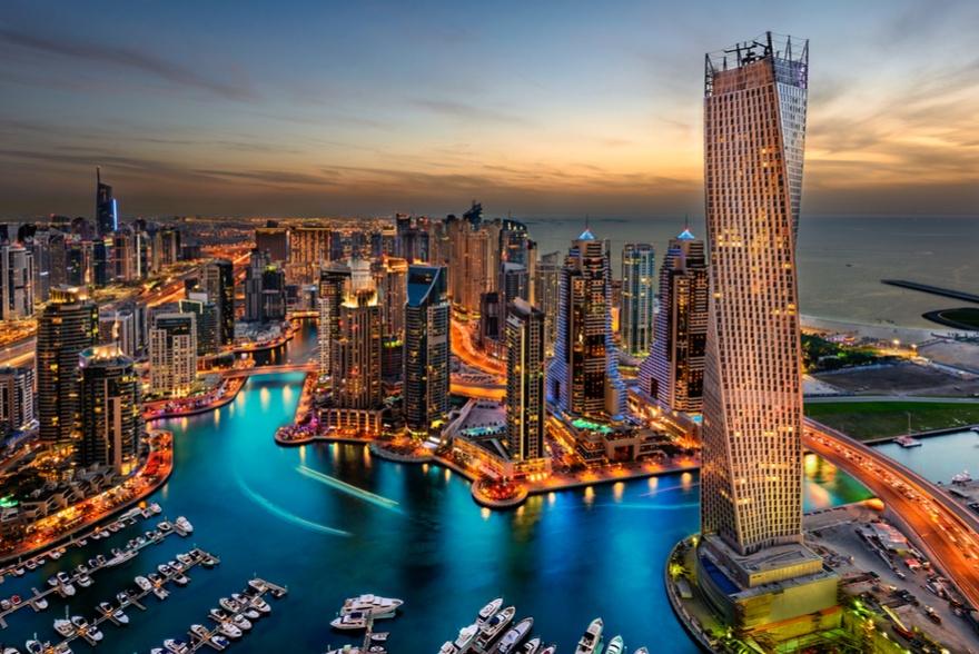 Ponte dell'Immacolata a Dubai da 1487 euro