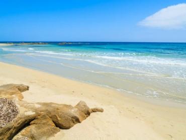 Giugno sulle coste meridionali della Sardegna