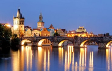 Il Ponte dell'Immacolata nelle più belle città europee volo e hotel da 364 euro solo colazione