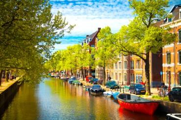 Ponte del Primo Novembre ad Amsterdam, volo e hotel a 379 euro solo colazione