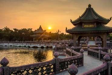 Scopri la Cina, volo hotel e tour  di nove giorni con guida a soli 1110 euro mezza pensione