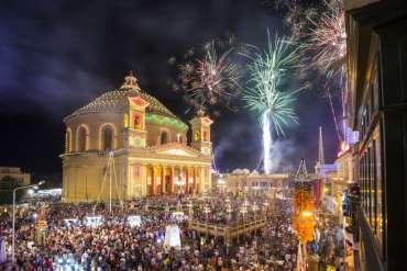 Capodanno a Malta: 4 giorni e 3 notti da 449 euro mezza pensione