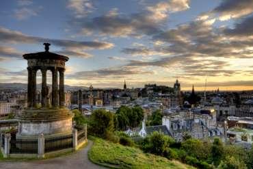 Vola da Roma a Edimburgo a 135 euro