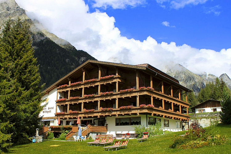 Soggiorno nell\'Hotel Sporthotel Wildgall in Trentino da 169 euro