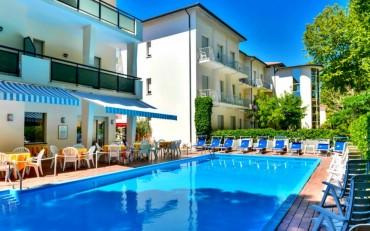 Vacanza a Cervia nell'Hotel Athena da 379 euro pensione completa