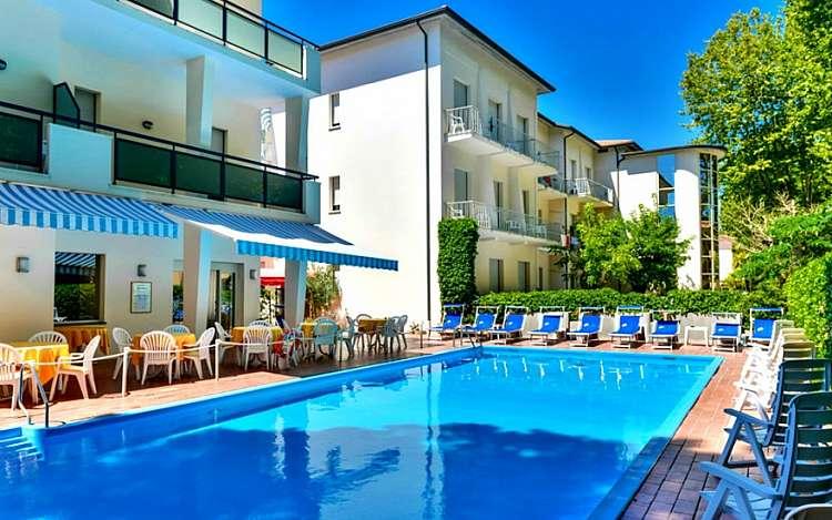 Vacanza a Cervia nell\'Hotel Athena da 379 euro