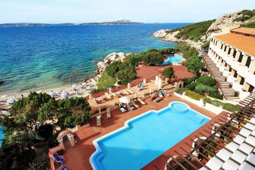 Grand Hotel Smeraldo Beach in Sardegna da 85 euro