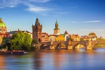 Voli a/r a Novembre per Praga da 134 euro