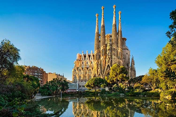 Voli a/r a Novembre per Barcellona da 134 euro