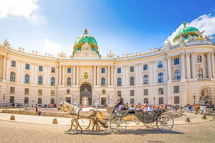 Voli a/r a Dicembre per Vienna da 75 euro
