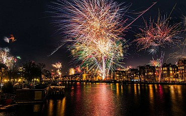 Capodanno ad Amsterdam: offerte e voli a/r per scoprire la magica