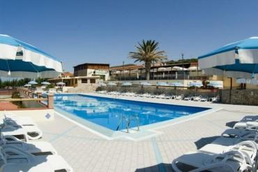 Villaggio Rasciada ****  a Castelsardo un mare da favola da 438 Euro pensione completa