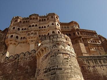 """Viaggio """"etnico"""" nel Rajasthan, dal Taj Mahal a Varanasi solo colazione"""