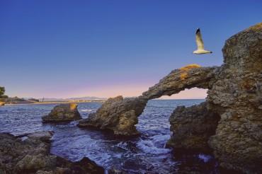 Viaggio on the road attraverso Francia e Spagna con soste al mare solo colazione