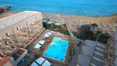 Estate sulla costa di Noto Marina: Club Eloro 4* da soli 169 €