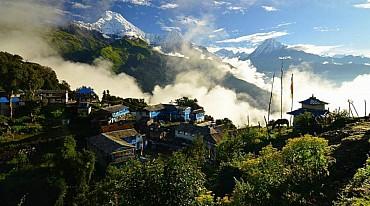 Nepal: Trekking Classico dell'Annapurna di 13 giorni con guida sherpa solo colazione