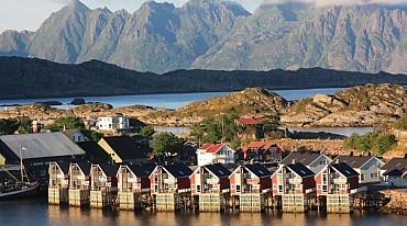 Fly & Drive: L'arcipelago norvegese delle Lofoten e Vesterålen solo colazione