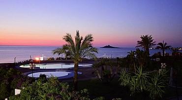 Estate Al Saracen Sand Resort Isola delle Femmine Luglio/Agosto