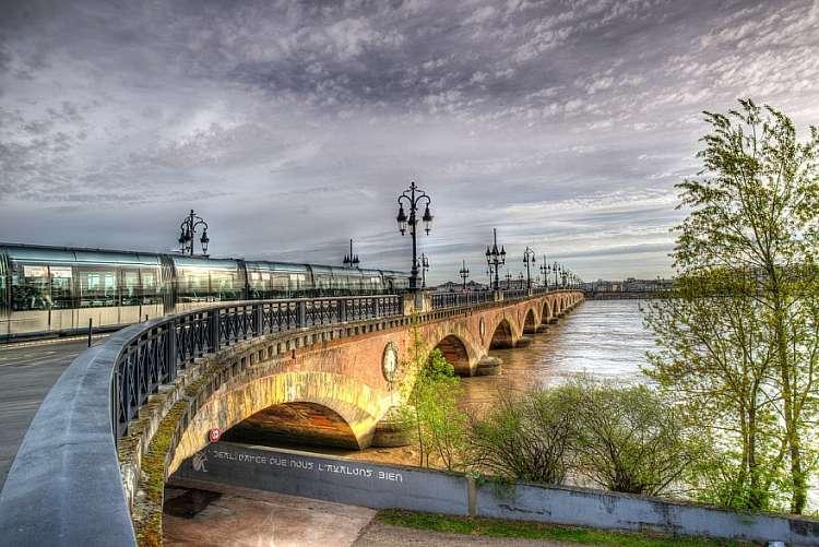 Week-end lungo a Bordeaux, tra vini pregiati e monumenti storici