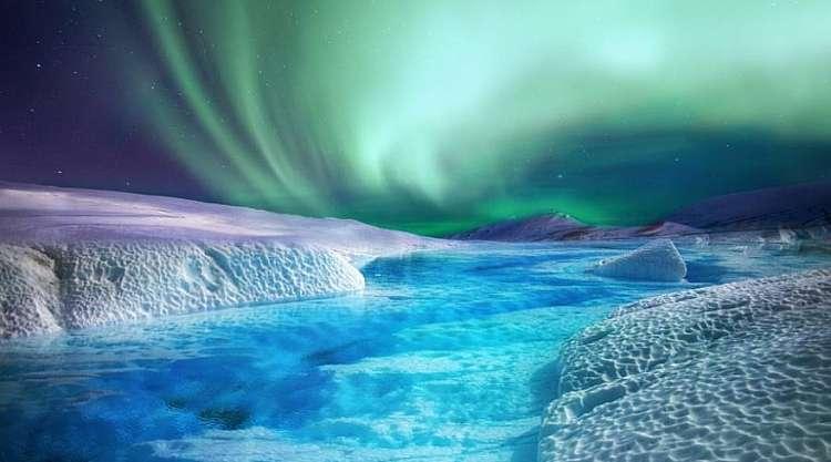 Spedizione aurore dall'Islanda alla Groenlandia da € 2470,00 a persona
