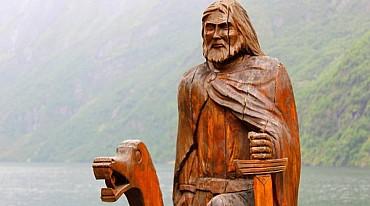 La terra dei fiordi: mini tour di gruppo in italiano da € 635 a pax