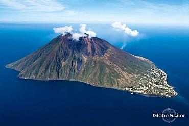 Una crociera di 8 giorni per scoprire le isole Eolie: da 1.250 euro