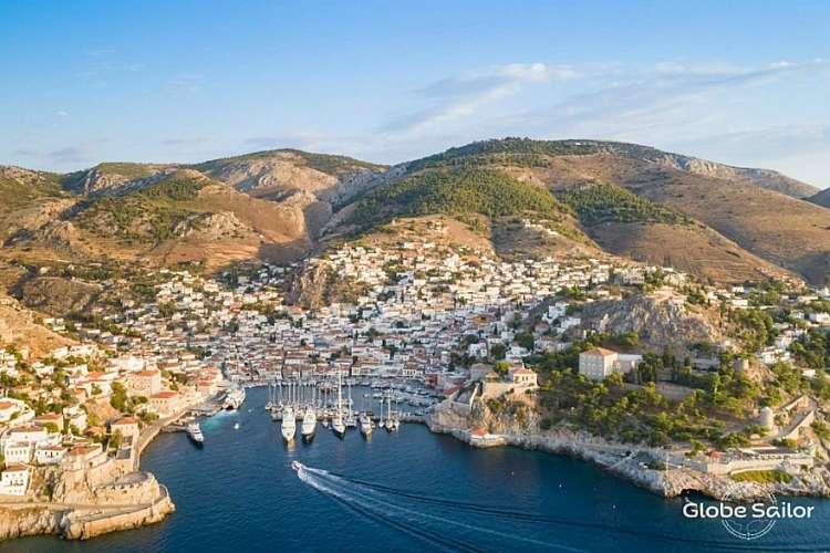 Una crociera da sogno tra le isole del Mar Egeo: da 925 euro
