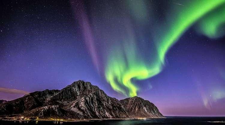 Festeggia Capodanno in Rorbu a Caccia di Aurore Boreali alle Lofoten