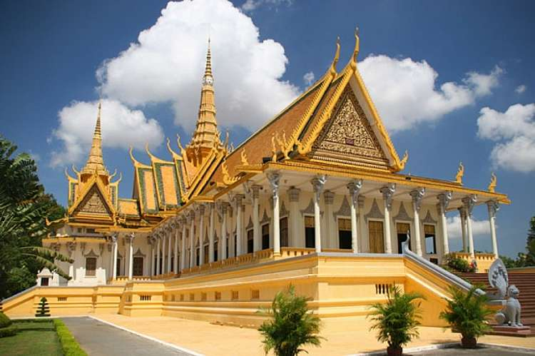 Da Phnom Penh a Siem Reap. SCONTO SPECIALE. Prenotazione on line