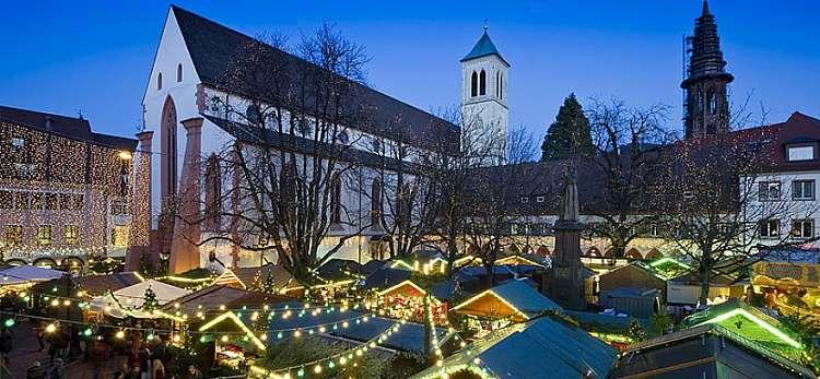 Mercatini di Natale a Friburgo e Foresta nera , bus e tour da Milano