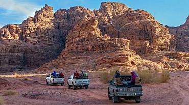 GIORDANIA: trattamenti benessere sul Mar Morto Petra deserto Wadi Rum