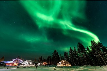 Igloo di Vetro e caccia all'Aurora Boreale (4 giorni) da € 1395 a pax mezza pensione