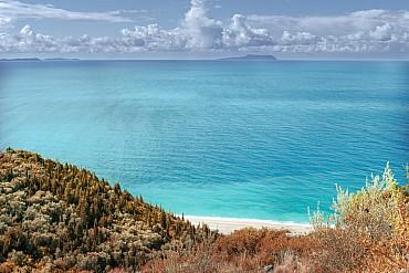 Albania in Fly & Drive. Un Paese tutto da scoprire tra mare e montagne