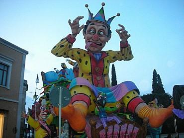 Carnevale di Putignano 2020 - offerta da non perdere SPECIALE GRUPPI all inclusive