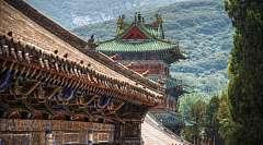Cina: Sulla via dei templi Buddhisti al ritmo lento del treno