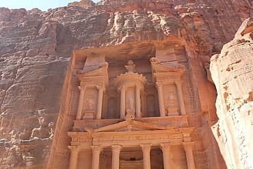 Giordania Classica, Petra,  Deserto e Sorgenti Termali